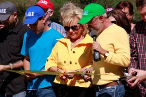 Pastor Jim Bakker and Lori Bakker Legacy Road Ribbon Cutting