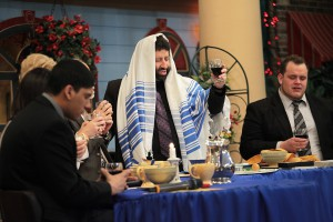 jim-bakker-show-passover-celebraiton-rabbi-jonathan-cahn
