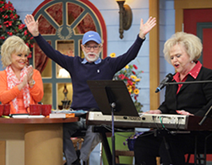 2271-jim-bakker-show-nancy-harmon