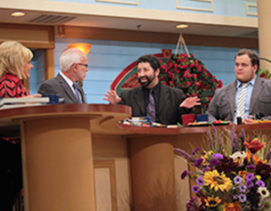 2387-jim-bakker-show-rabbi-jonathan-cahn