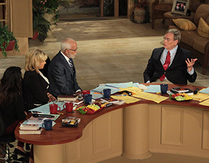 2604-jim-bakker-show-william-forstchen