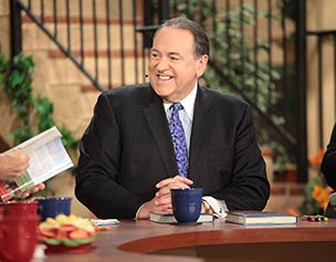 2668-jim-bakker-show-mike-huckabee