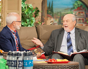 2781-jim-bakker-show-tom-horn
